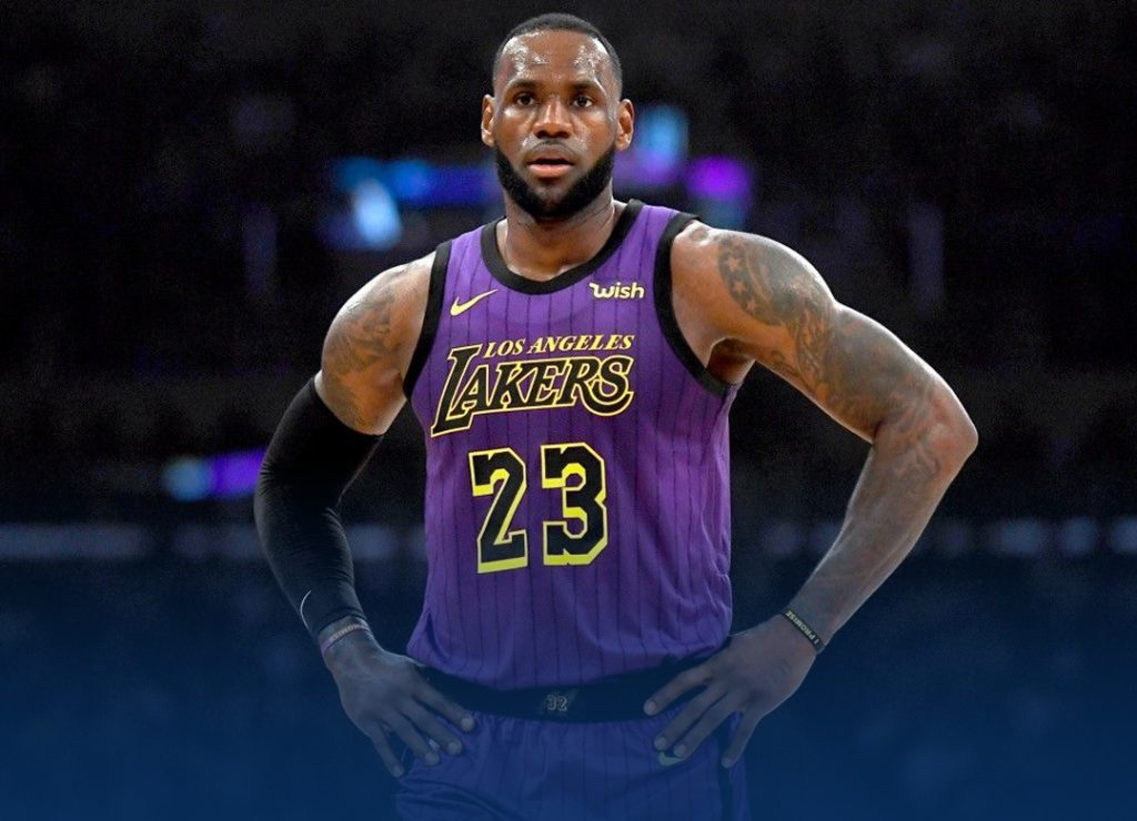 LBJ becomes no#3 on all-time scoring list