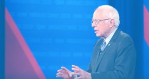 Bernie Sanders Defends his Castro and Cuba Comments