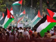 Muslims Protest at American Embassy in Indonesia over Israeli Violence