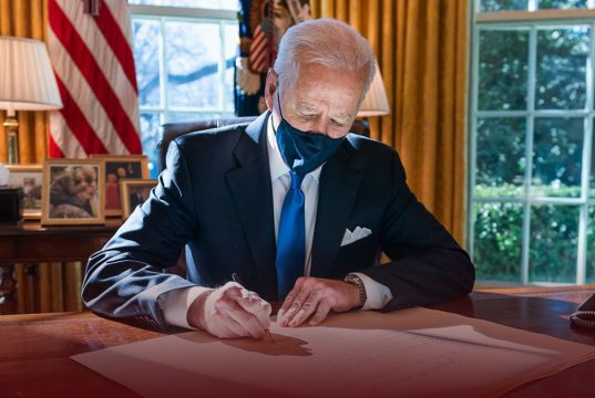 Biden Government is Considering Vaccine Mandate for Federal Employees